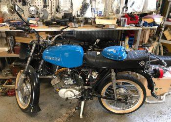 Oldtimer Garage Apel